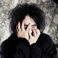 2+1 lépés: Platinum Blonde, Crystal Castles + Robert Smith