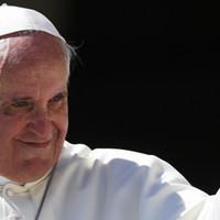Hallgasd most Ferenc pápa lemezét, egy héttel a megjelenés előtt a Deezeren