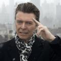 Így változik át David Bowie John Lennonná és Bob Dylanné