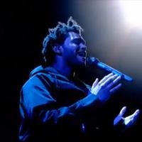 Így debütált a Weeknd élő tévéműsorban (videó)