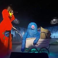 Kék szörnybabát tologat a kurta-furcsa rapper