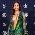Jennifer Lopez méltósággal viselte a meztelenruhát is