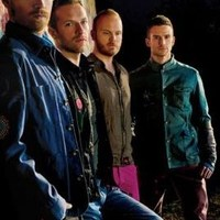Coldplay: Princess Of China (feat. Rihanna) + Up In Flames (koncertfelvétel)