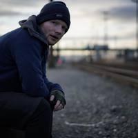 Megnyugtató: Ed Sheeran nem dalkurva