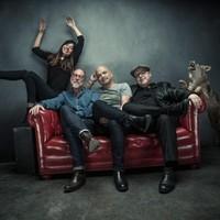 A Pixies előre tekint, jön az újjáalakulás utáni második album
