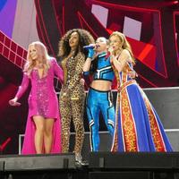 A Spice Girls csalódott rajongói visszakövetelik a pénzüket