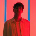 Rózsaszín neonból van a lelke - Roosevelt: Polydans (lemezkritika)