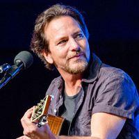 A nap plátói románca: Eddie Vedder 27 év után viszontlátta lelki társát