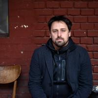"""Filmrecorder. """"Nem kellett mélyre nyúlnom, hogy szomorú arcot vágjak"""" - Reisz Gábor-interjú"""