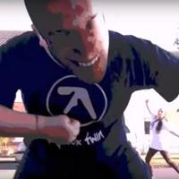 Tizenhét év után van új Aphex Twin-klip, de lehet, hogy csak egy vicc?