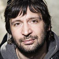 Az új hiperkarma-lemez, a Konyharegény dalról-dalra kommentjei Bérczesi Róberttől
