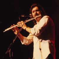 Elhunyt Ray Thomas, a Moody Blues alapítója