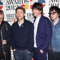 Kiosztották a 2012-es BRIT-díjakat – Adele bemutatta középső ujját és jöhetett a Blur-koncert