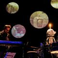 Jön az új Swans, robot-dobos a színpadon, elmaradó bulik – Koncert7