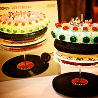 A lemezborító fogyasztásra alkalmas - vol. 1.: torta, süti, méz, lekvár