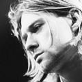 Így játszik Kurt Cobain Beatlest