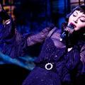 Madonna fájós lábbal is veri a teljes popmezőnyt