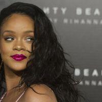Rihanna beperelte a saját apját