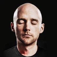 Moby négyórás, ingyenes ambientlemezzel és önéletrajzi könyvvel támad