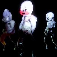 Torz babák groteszk tánca a Kanye Westtel is dolgozó Arca klipjében