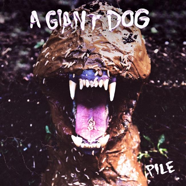 rec068_giant_dog_650.jpg