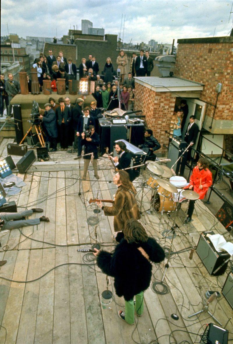the-beatles-rooftop-concert-in-1969-3.jpg