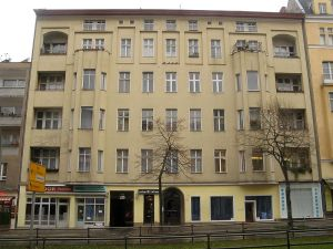 03_800px-hauptstrasse_155_ganzhaus.jpg