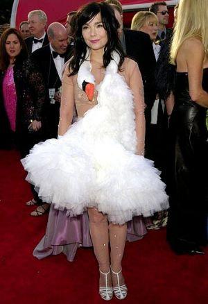 2_bjorks-swan-dress.jpg