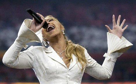 Beyonce 2002 Super Bowl.jpg