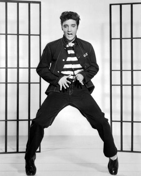 Elvis Presley (1957 Jailhouse Rock)_02.jpg