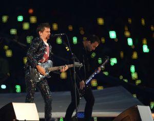London-Olympic-Closing-Ceremony-2012-Muses-guitar-player-Matthew-Bellamy.jpg