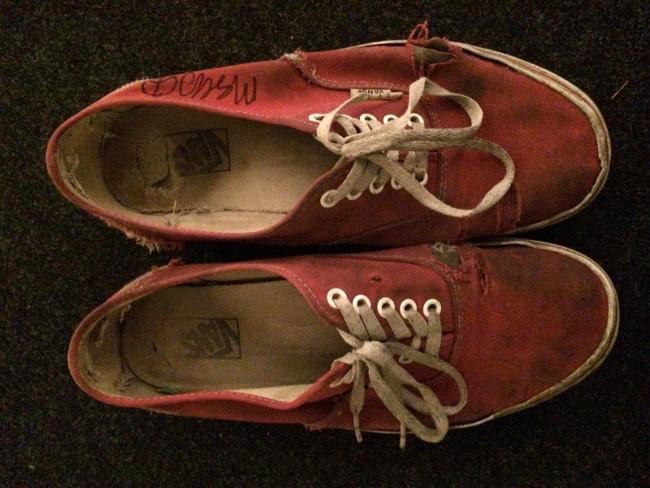 Az év üzlete! Vedd meg Mac DeMarco használt cipőjét! - Recorder 6d13a9f035