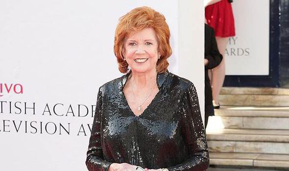 cilla_black_fly_1087222_theatre_r-b1e-476791.jpg