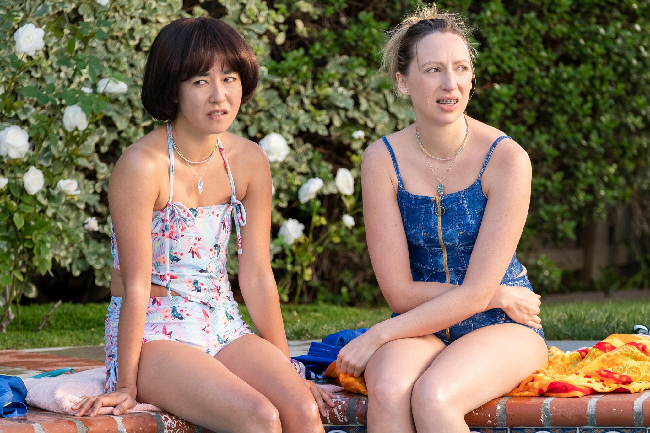 pen15-is-as-awkward-as-ever-in-the-season-2-trailer.jpg