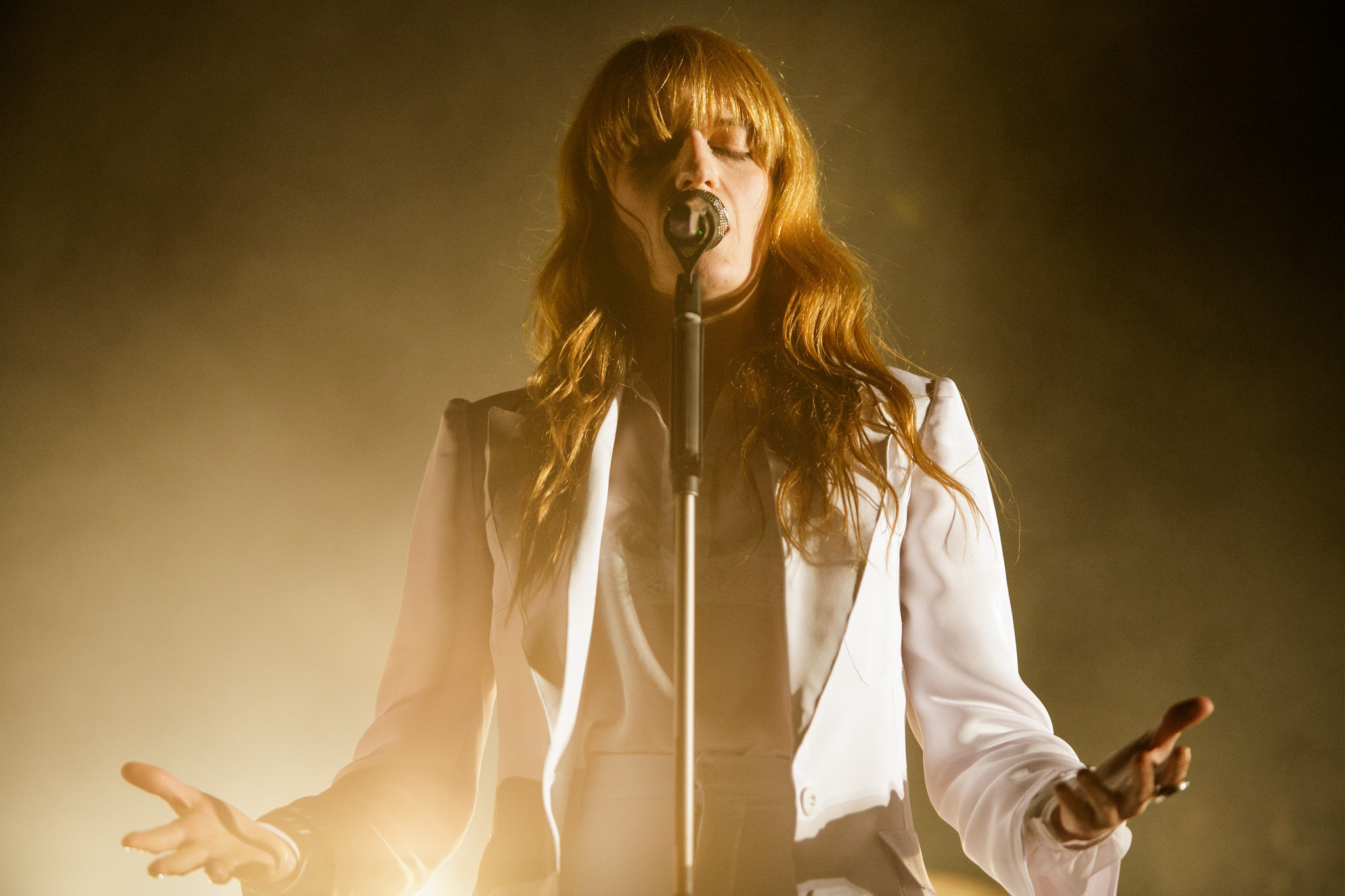 florence_la-et-ms-coachella-2015-florence-the-machine-owns-the-night-20150413.jpg