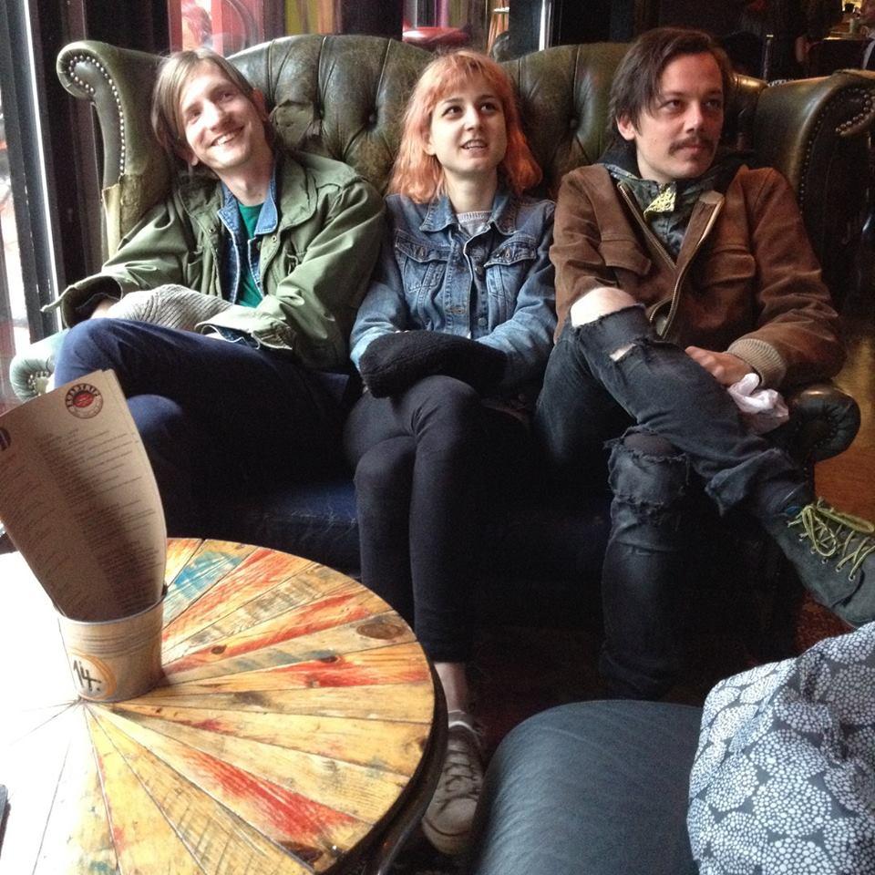 london_sofa.jpg