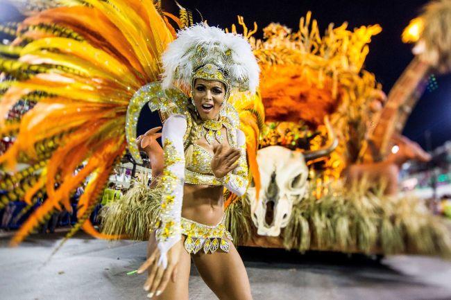 member-Vila-Isabel-samba-school-performed-during-parade-Rio.jpg
