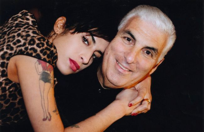 mitch_and_amy_winehouse.jpg