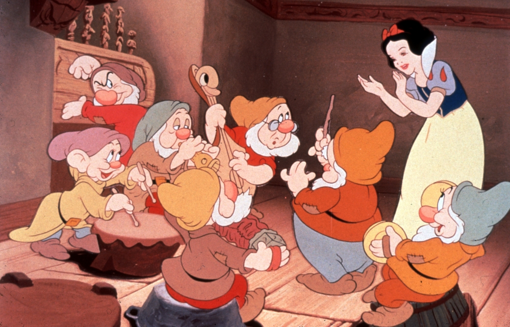 snow-white-and-the-seven-dwarfs-1937-001-play-some-music.jpg