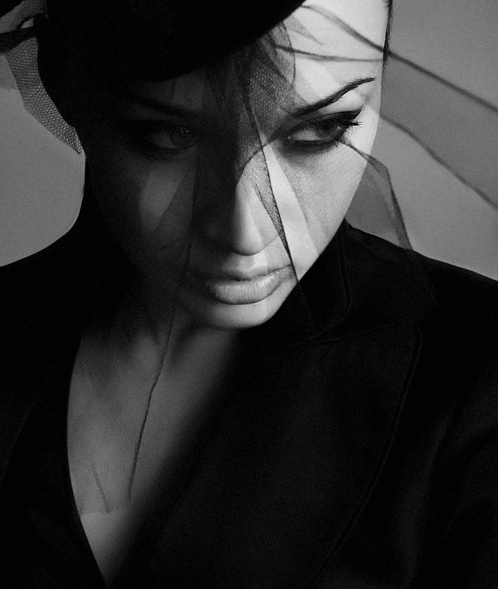 black_widow_by_lonelypierot.jpg