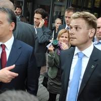 Orbán Viktor Miniszterelnök Úr és Tiborcz István Vállalkozó Úr védelmében!
