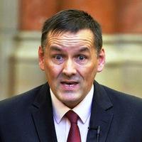 Szavazz: szerinted mivel vásárolta meg a Fidesz Volner Jánost?