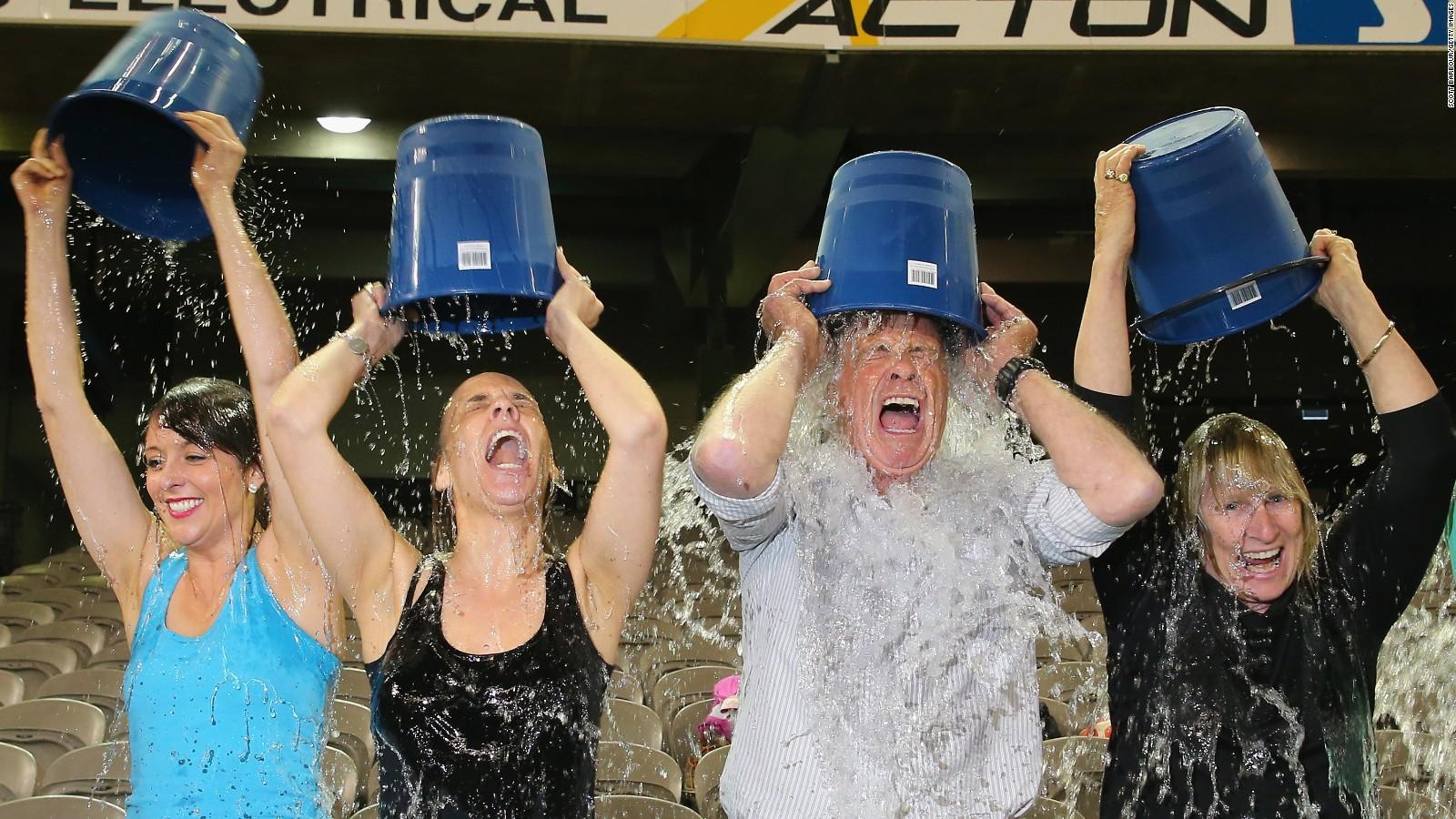 150714184012-als-ice-bucket-challenge-full-169.jpg