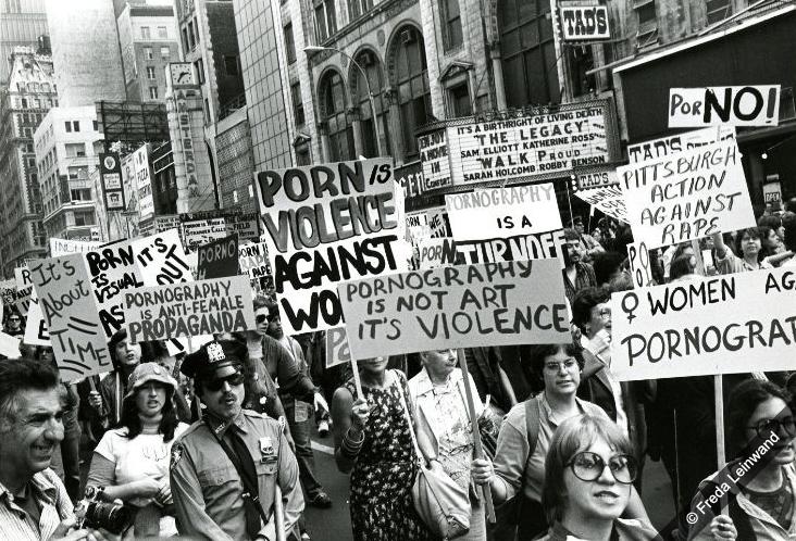 1976-women-against-porn-f_leinwand_45555209_-web.jpg