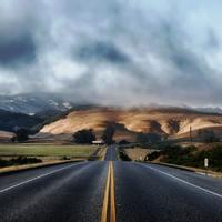 Úton és út mellett