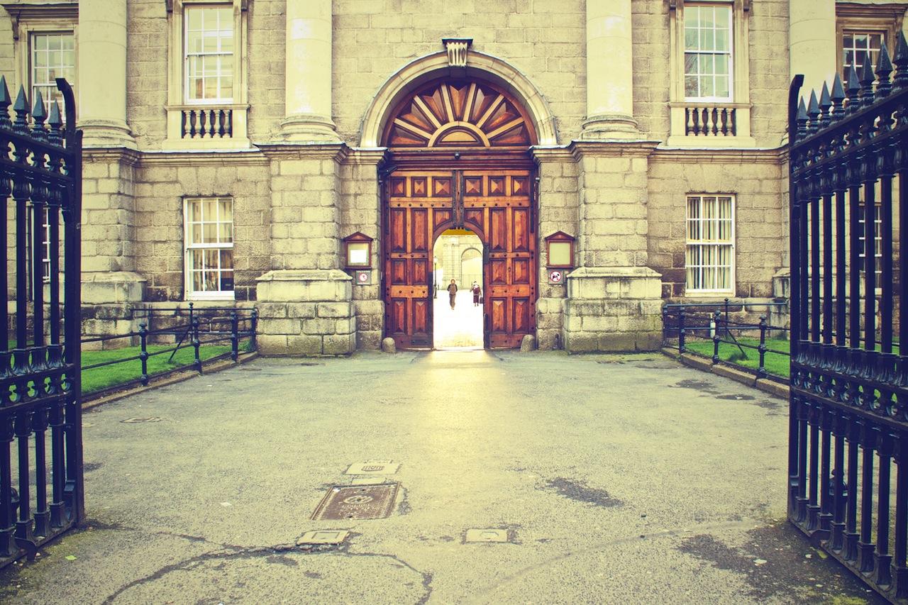 door-gate-entrance-gateway.jpg