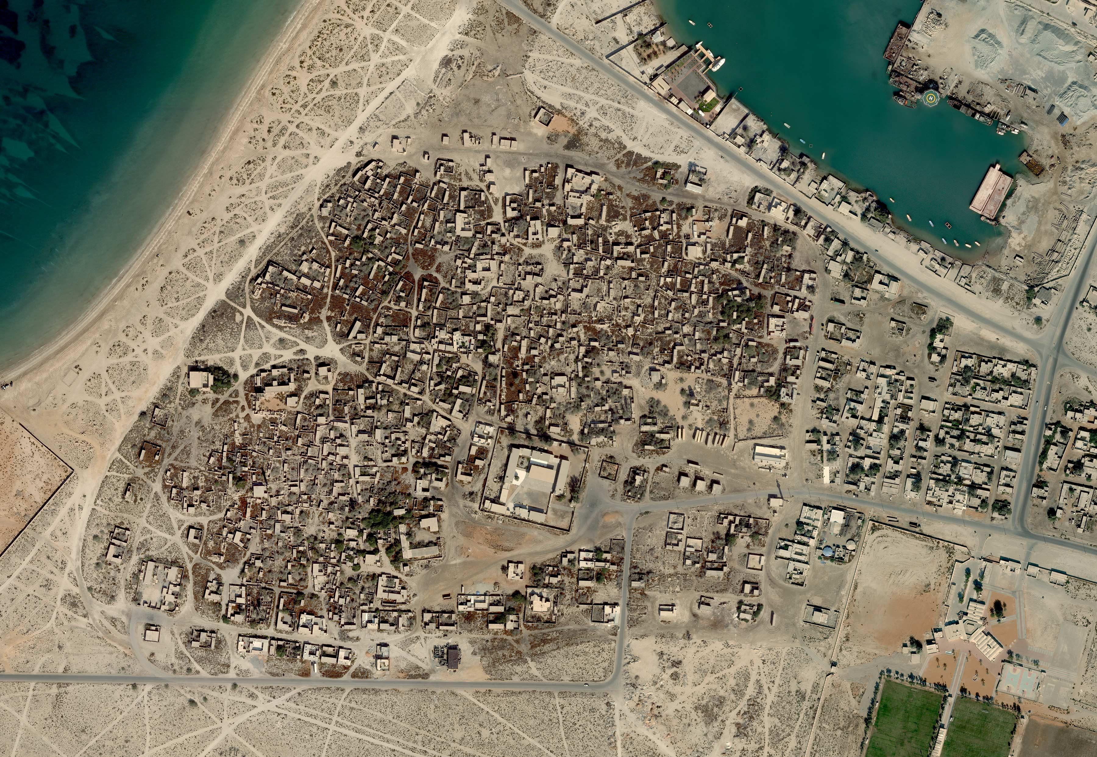 jazirat-al-hamra-aerial_1.jpg