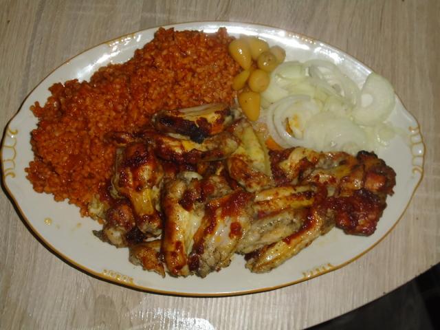 Paradicsomos bulguros csirkeszárny