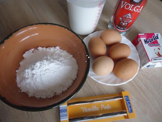 hagyományos és kókuszos tojáslikőr