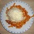 Házi vastag spagetti paradicsomos pestóval (3 adag)